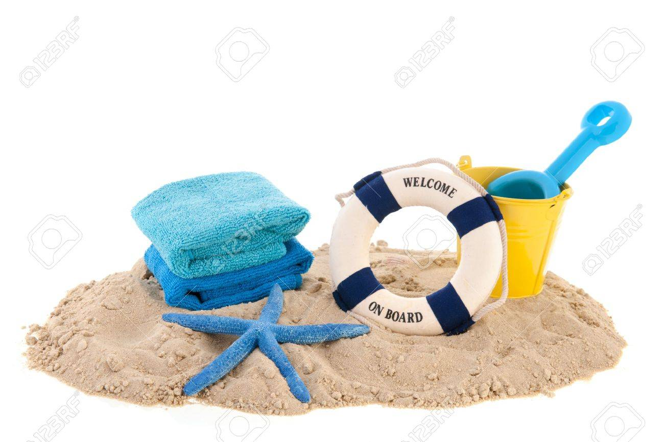 //szumera-owplaza.pl/wp-content/uploads/2018/09/18821321-sand-at-the-beach-with-towels-and-toys.jpg